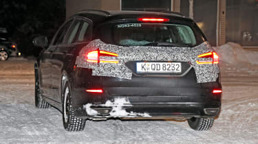 Ford Mondeo Hybrid Estate - spy rear