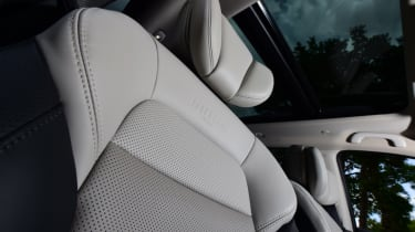 Renault Koleos Initiale Paris leather seats