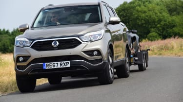 SsangYong Rexton - towing
