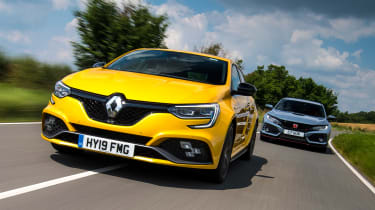 Renault Megane R.S. vs Honda Civic Type R - header