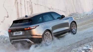 Range Rover Velar - off-road uphill