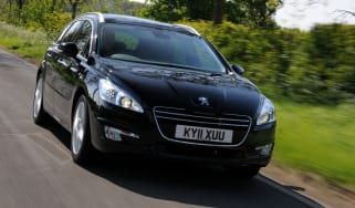 Peugeot 508 SW front tracking