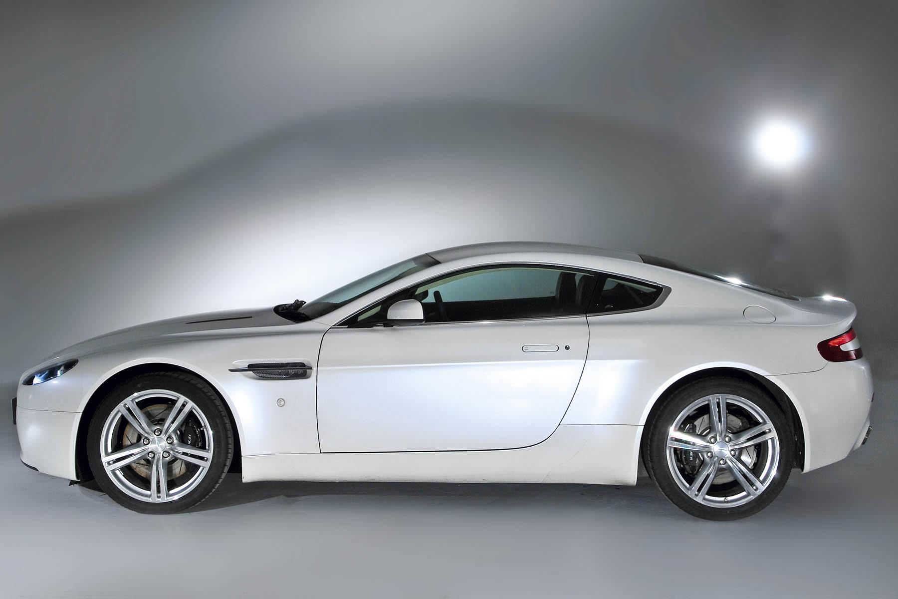 Aston V8 Vantage Vs Bentley Continental Gt Auto Express
