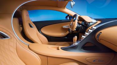 Bugatti Chiron - interior passenger