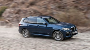 BMW X3 - off-road