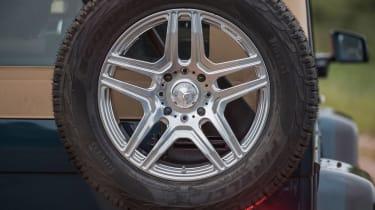 Mercedes-Maybach G 650 Landaulet - spare wheel