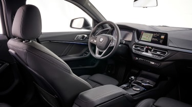 BMW 1 Series 2019 cabin