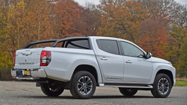 Mitsubishi L200 - rear static