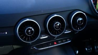 Audi TT Ultra - interior detail