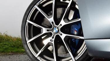 BMW M850i xDrive Gran Coupe - wheel