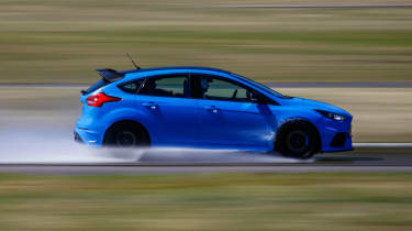 Ford Focus RS Edition - side