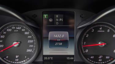 Mercedes C300 Coupe - dials