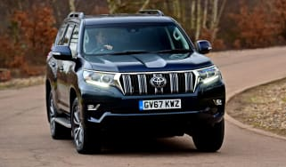 Toyota Land Cruiser - front cornering
