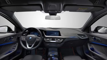 New BMW 1 Series 2019 cabin