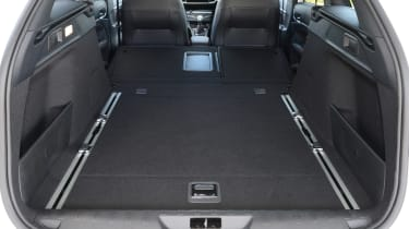 Peugeot 308 SW - boot seats down