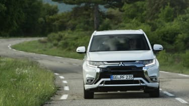 Mitsubishi Outlander PHEV - full front action