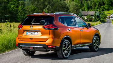 Nissan X-Trail - rear static