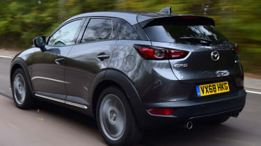 Mazda cx-3 tracking rear