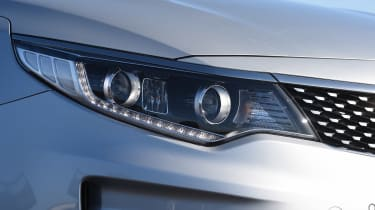 Kia Optima - front light detail