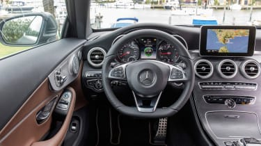 Mercedes C300 Coupe - dash