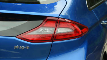 Hyundai Ioniq Plug-in - tail light