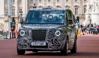 TX London Taxi - front