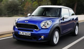 MINI Cooper S Paceman front action