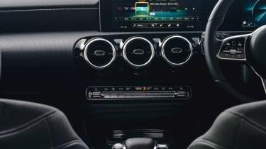 Mercedes A 250 AMG Line - interior