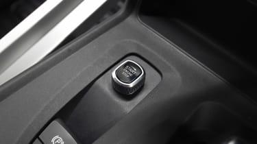 TX London Taxi - start button