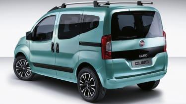 Fiat Qubo 2016 - rear quarter blue