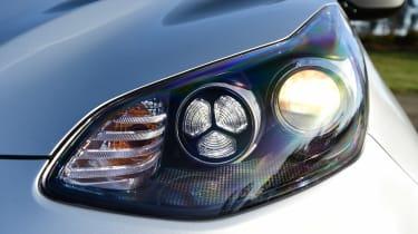 Kia Sportage - front light detail
