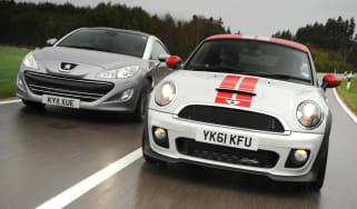 MINI Coupe vs Peugeot RCZ
