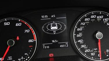 SEAT Arona FR - speedo