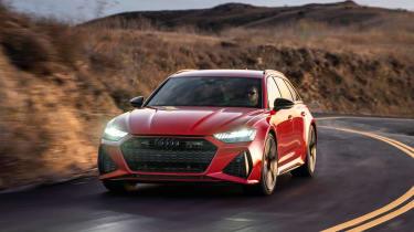 Audi RS 6 Avant - front cornering