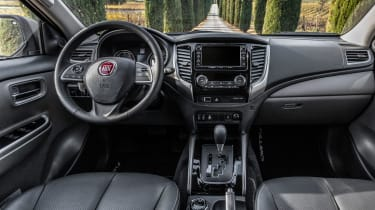 Fiat Fullback Cross - dash