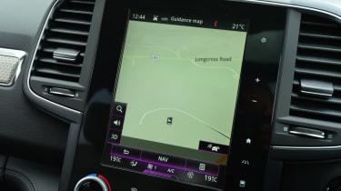 Renault Koleos Initiale Paris infotainment