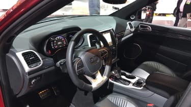 Jeep Grand Cherokee Trackhawk LA interior