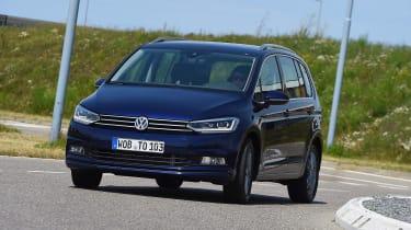 Volkswagen Touran - front cornering (left-hand drive)