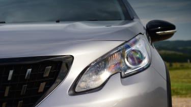 Peugeot 2008 - healight