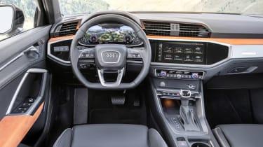 Audi Q3 - dash