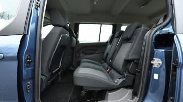ford grand tourneo connect rear seats