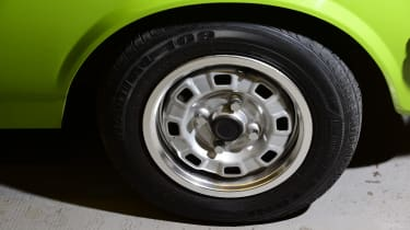 Ford Fiesta Mk1 - wheel