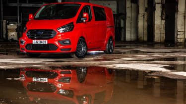 MS-RT Ford Transit Custom static front