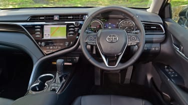 Toyota Camry - dash