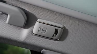 Peugeot 308 SW long termer interior lights