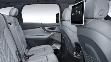 Audi SQ7 blue - rear seats