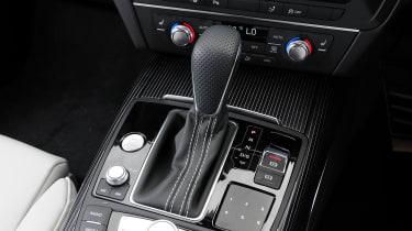 Audi A7 - gear-lever