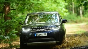 Land Rover Discovery TD6 - off-road