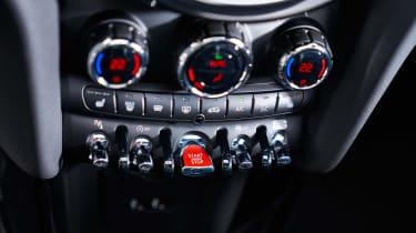 MINI hatch - start/stop button