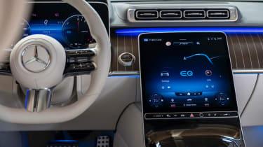 New Mercedes S 580 e L plug-in hybrid - interior
